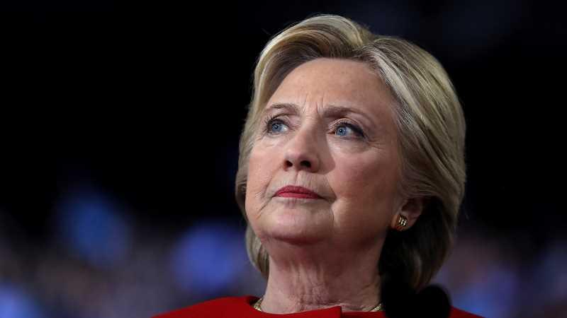 Hillary Clinton's debate night tweet has everyone talking