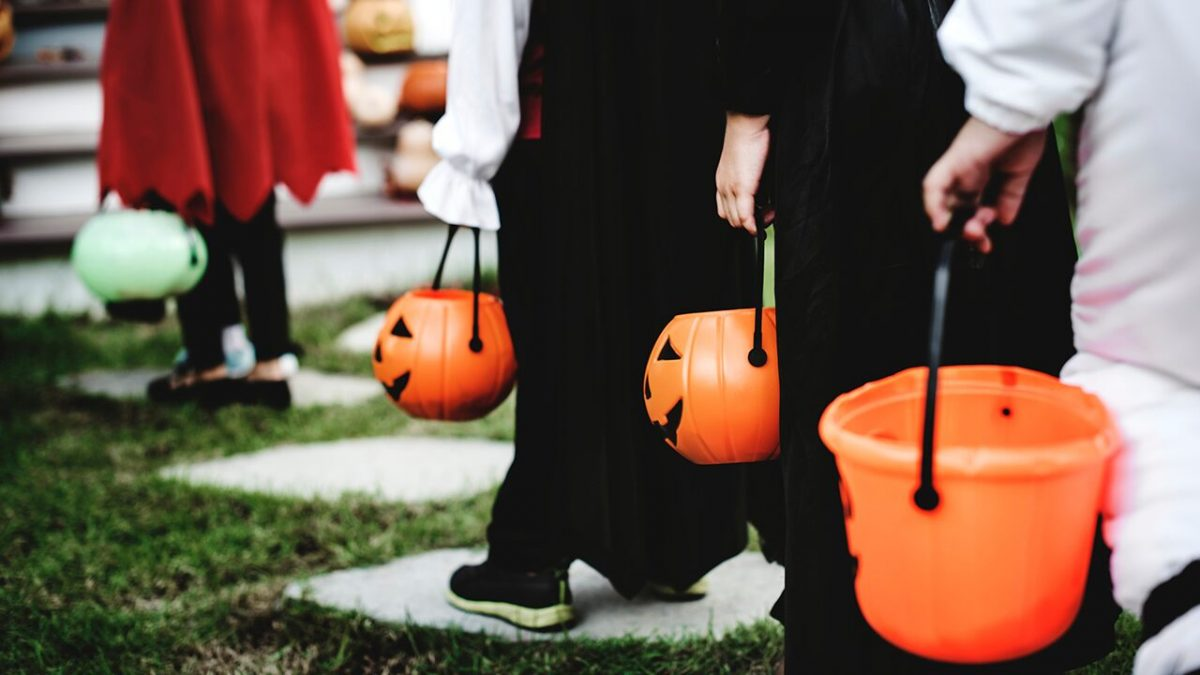CDC discourages traditional trick-or-treating, costume masks, indoor parties amid coronavirus pandemic