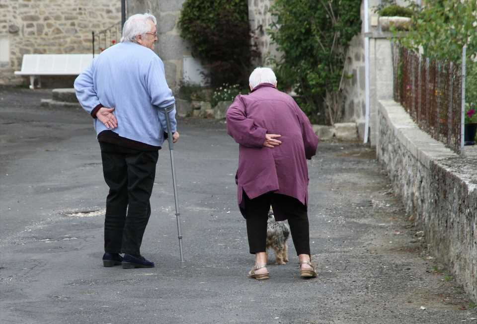 Depression and anxiety twice as common among older people who were shielding
