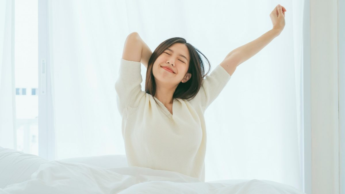 The best stretches to do when you get out of bed