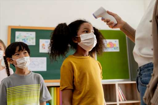 Ohio Governor Says Students Exposed to COVID-19 In The Classroom Don't Need to Quarantine