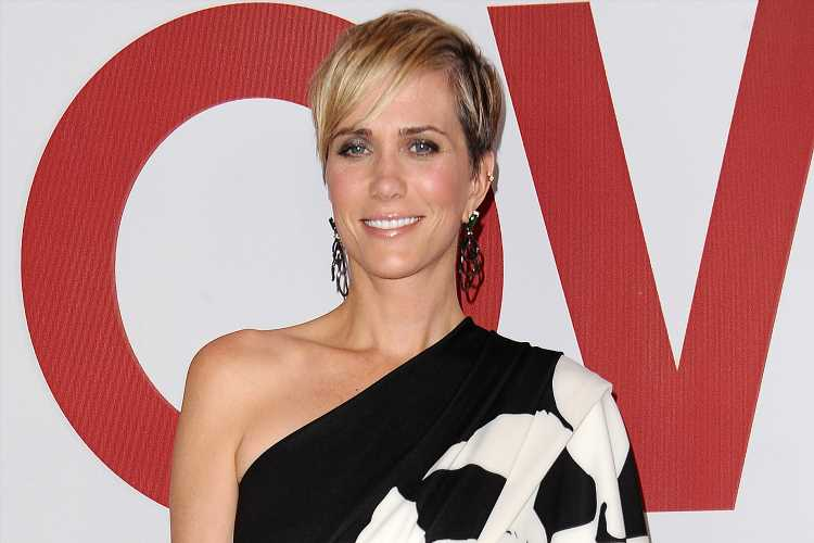 Kristen Wiig Jokes She'll 'Go Outside and Sit on the Curb' to Sneak a Break from Her Young Twins