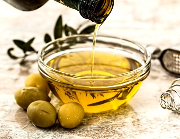 Bayreuth researchers develop a rapid test to detect quality and authenticity of olive oil