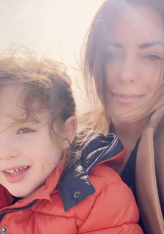 Bobbie Thomas Says She's 'Working to Establish a New Routine' with Son, 5, After Husband's Death
